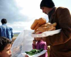 اللاجئون السوريون خارج المخيمات بتركيا
