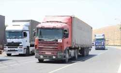 1700 شاحنة مساعدات عبرت حدود تركيا إلى سوريا في أيار