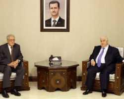 ممثل الإبراهيمي يلتقي سلطة سوريا ومعارضتها