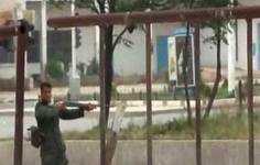 قناص سوري: تلقينا الأوامر مرارًا بإطلاق النار لقمع المتظاهرين