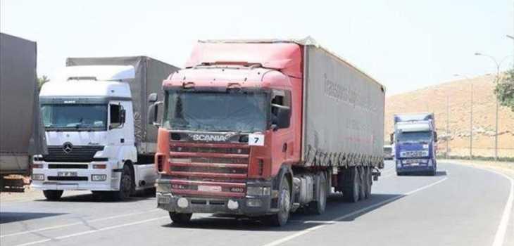 71 شاحنة محملة بمساعدات إنسانية أممية تدخل إدلب