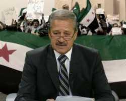 سفير سوريا بالعراق ينشق وينضم للثورة