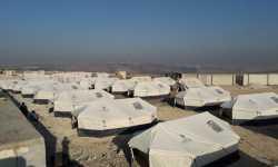 الوقف التركي ينشئ ألف خيمة شمالي إدلب لإيواء النازحين من قصف النظام