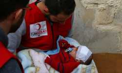 الهلال الأحمر التركي يصل إلى الطفل كريم في الغوطة المحاصرة