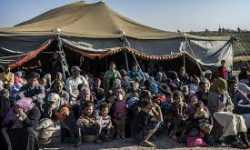 اللاجئون السوريون في الأردن.. وقف الدعم الطبي يفاقم معاناتهم