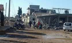 نشرة أخبار سوريا- مجازر جديدة للطيران الروسي بريف إدلب، واتفاق على تهجير أهالي حي القدم الدمشقي إلى الشمال السوري -(23-9-2017)