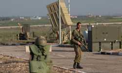 جنود الاحتلال الإسرائيلي يطلقون النار على