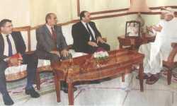 وزير الخارجية العُمانية يستقبل وفداً من الهيئة العليا للمفاوضات