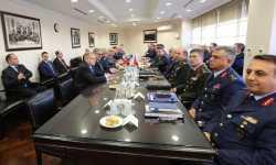 وفد روسي يهرع إلى أنقرة لإيقاف العملية التركية في إدلب