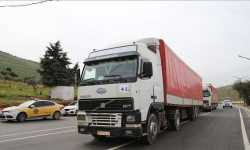 عبور 55 ألف شاحنة إغاثية وتجارية من تركيا إلى سوريا منذ بداية 2020