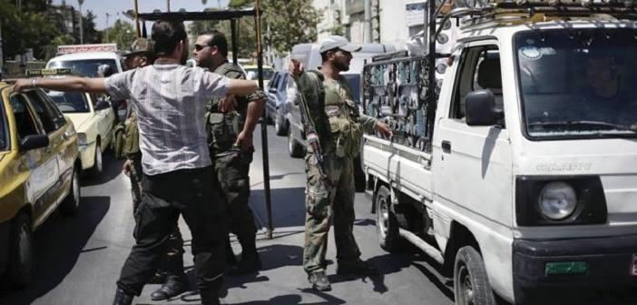 النظام يشن حملة اعتقالات لتجنيد الشباب قسرياً في ريف حماة