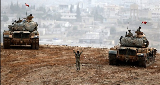 الجيش التركي يعلن تدمير 330 هدفاً لتنظيم الدولة في قرى مدينة الباب