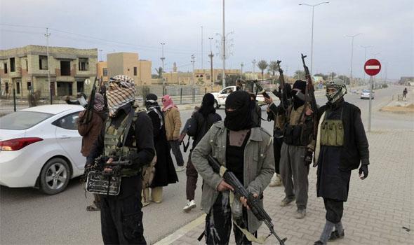 الديلي بيست: سقوط حلب أفضل هدية لتنظيم (داعش)