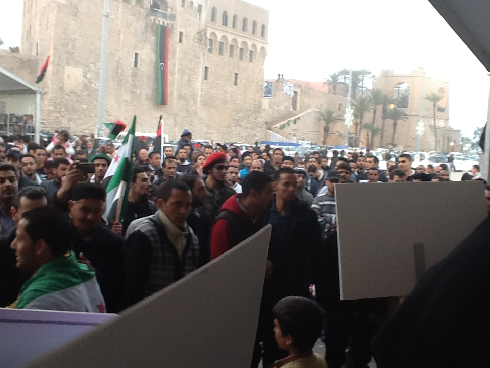 من ساحة الشهداء في طرابلس الحرة