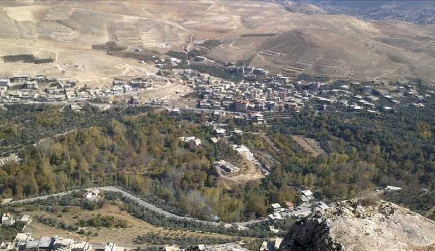 النظام يفجر الأبنية السكنية المحيطة بنبع عين الفيجة تمهيداً لتحويلها إلى ثكنات عسكرية