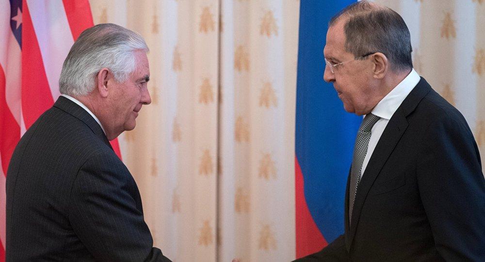 تيلرسون: مستعدون للتباحث مع روسيا حول إقامة مناطق حظر جوي في سوريا