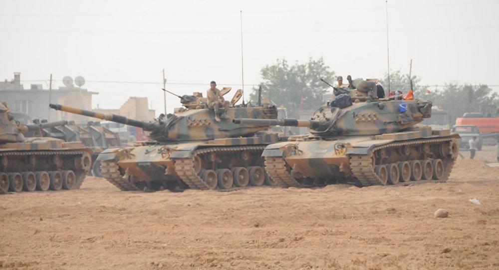 وزير الدفاع التركي: سنقوم بعملية عسكرية في