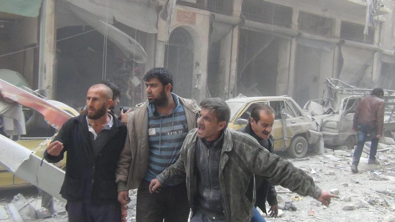 هجوم قوات الأسد والقصف الجوي الروسي يوقفان التعليم في حلب