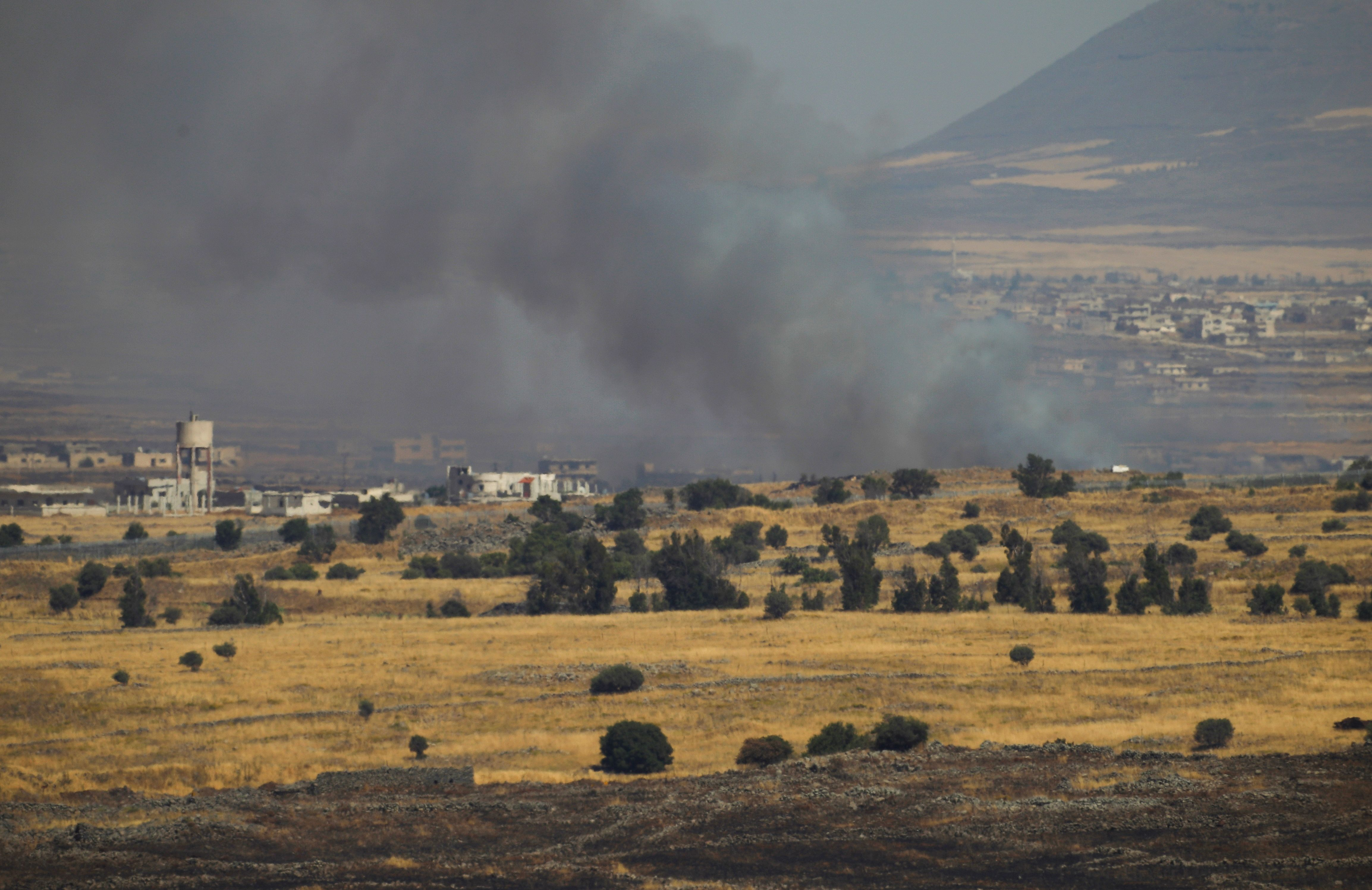 قصف إسرائيلي على مواقع لنظام الأسد والأخير يندد