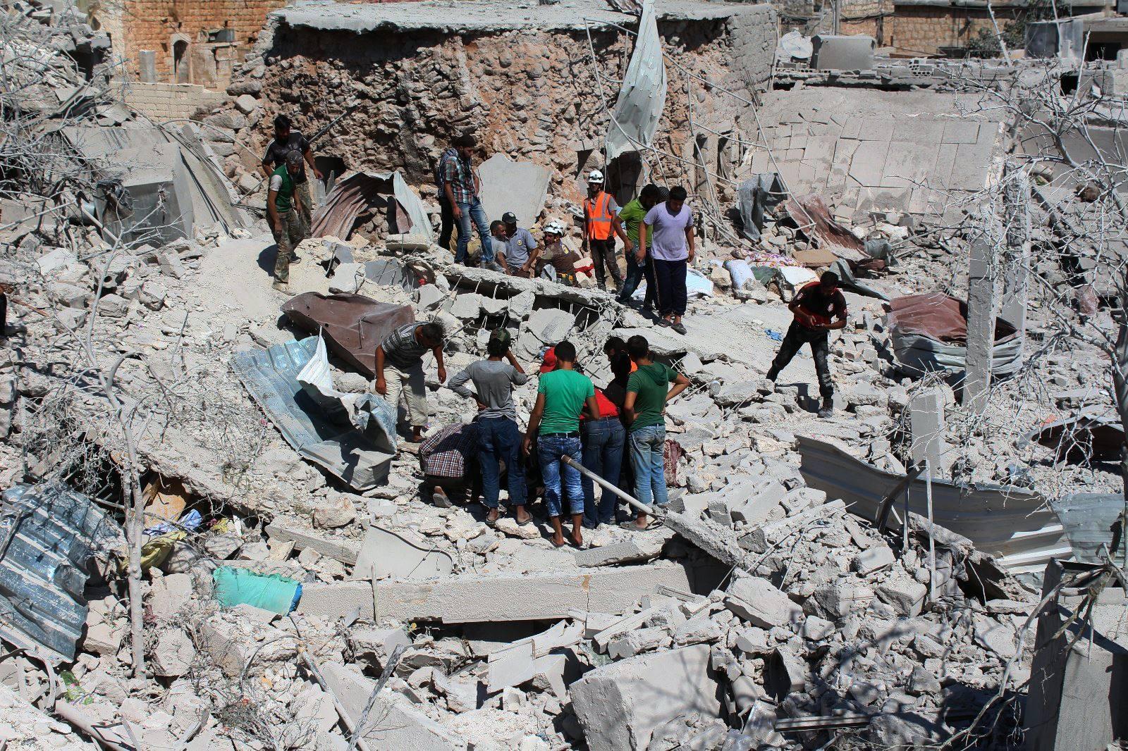 80 قتيلاً -تقبلهم الله في الشهداء- حصيلة ضحايا قصف الطيران الروسي الأسدي يوم أمس الخميس