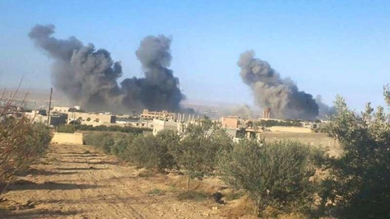 بين داعش والروس..طريق صحراوي ملاذ أهالي مهين الوحيد