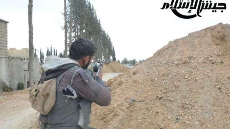نشرة أخبار سوريا- تدمير ٦ دبابات للنظام في حلب والشيخ مسكين، وإجراءات جديدة لدخول السوريين تركيا عبر الجو والبحر -(30_12_2015)