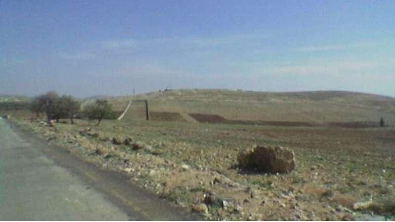 الطيران الإسرائيلي يستهدف مواقع لقوات الأسد على طريق دمشق - بيروت