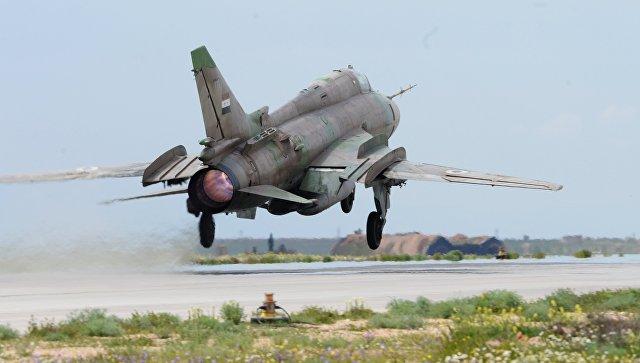 نشرة أخبار سوريا- مجازر متواصلة للتحالف وقسد في دير الزور، والثوار يسقطون طائرة حربية للنظام شرق السويداء -(15-8-2017)