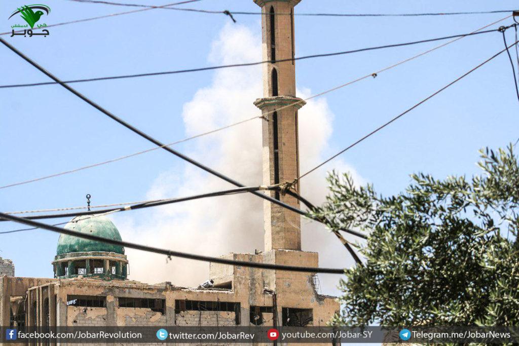 اشتباكات على جبهات الغوطة الشرقية، وخسائر لقوات النظام في عين ترما