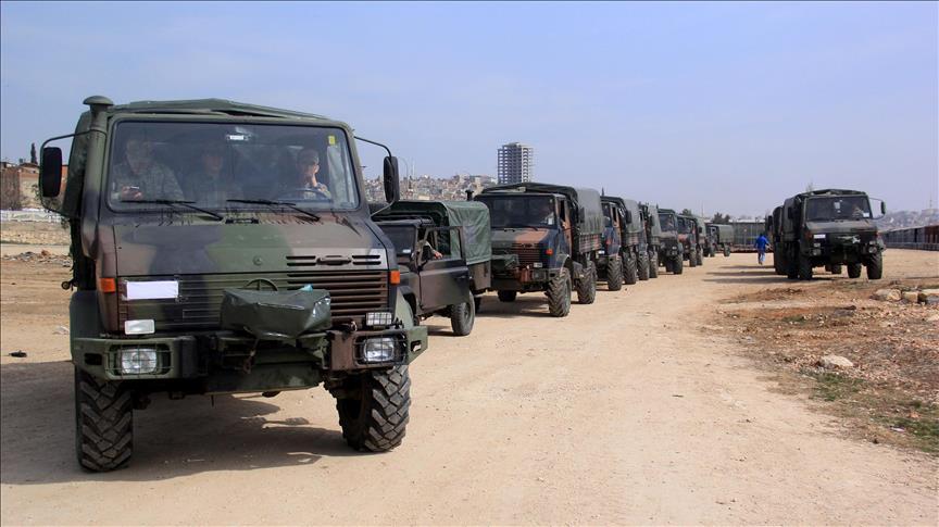 تعزيزات عسكرية تركية جديدة تصل إلى الحدود السورية