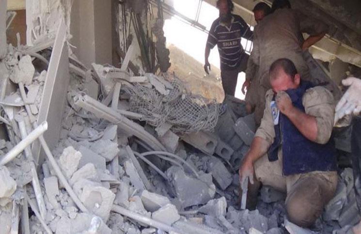 نشرة أخبار سوريا- الطيران الروسي يواصل مجازره بحق الشعب السوري في أنحاء عدة من البلاد، و مقتل 15 عنصراً من قوات النظام بريف دمشق -(23_12_2015)