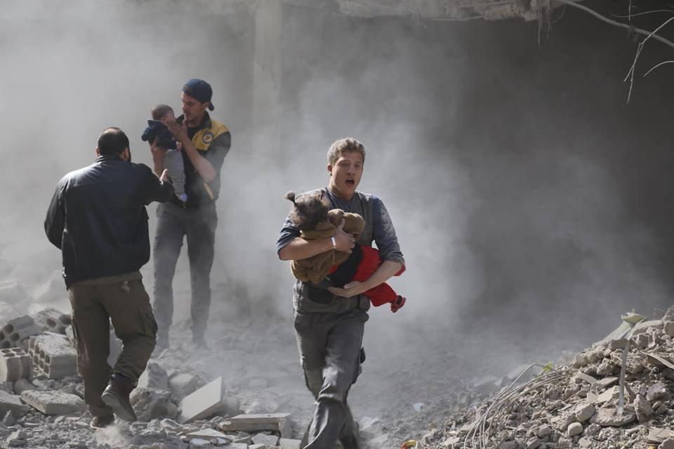 الغوطة تحت القصف: غارات جوية وصواريخ عنقودية تحصد أرواح العشرات