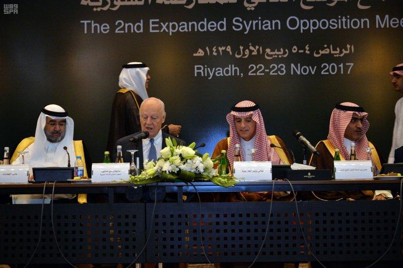 نشرة أخبار سوريا- الرياض2 يدعو إلى مفاوضات مباشرة غير مشروطة، وقمة سوتشي تمهد لمؤتمر الحوار السوري  -(22-11-2017)