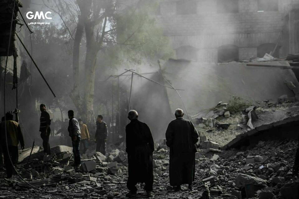 6 شهداء بينهم طفلتان، في قصف متواصل على الغوطة الشرقية بريف دمشق