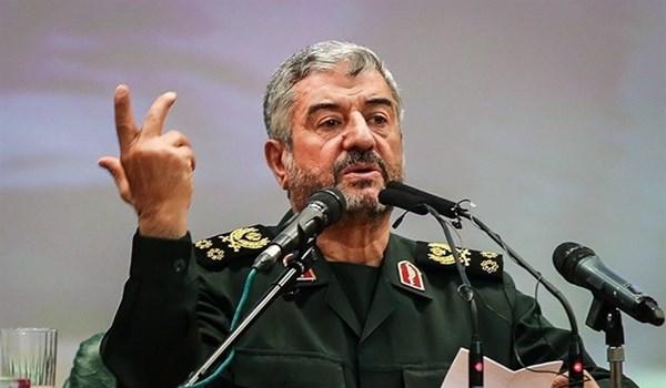 في تصريح جريء.. قائد الحرس الثوري الإيراني: حربنا حرب عقيدة ولا تعرف الحدود!