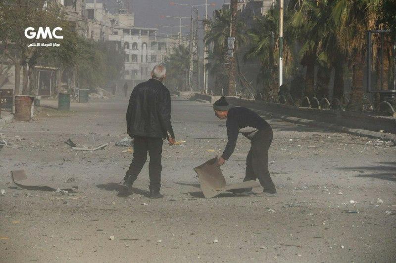 نشرة أخبار سوريا- 21 شهيداً بقصف قوات النظام على الغوطة الشرقية، ومجزرة في صفوف قوات
