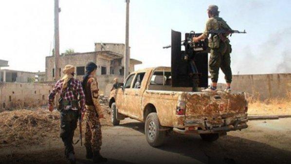 نشرة أخبار سوريا- النظام يخسر عشرين عنصراً  في ريف حماة، واشتباكات بين تحرير الشام وجند الملاحم في ريف إدلب   -(4-12-2017)