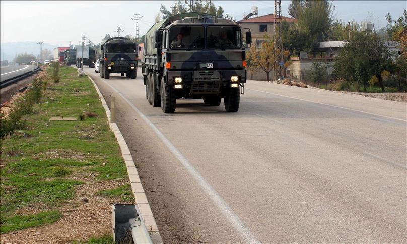 تركيا تدفع بتعزيزات عسكرية جديدة نحو الحدود مع سورية
