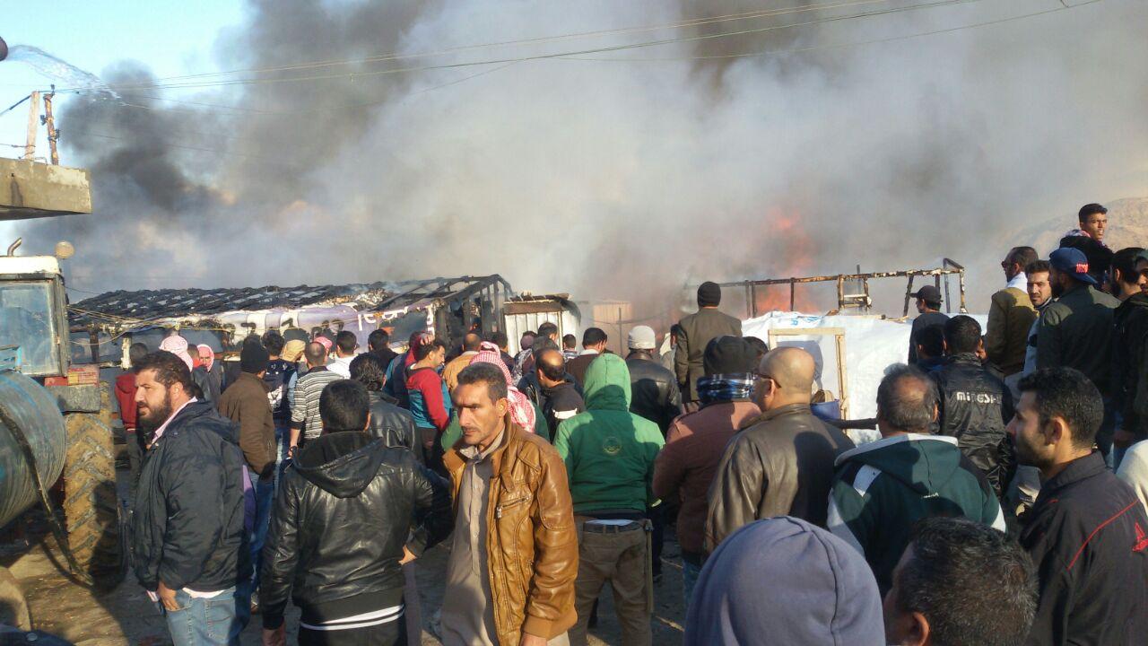 حريق يحيل 7 أطفال  إلى جثث متفحمة في مخيم للاجئين السوريين شمال لبنان