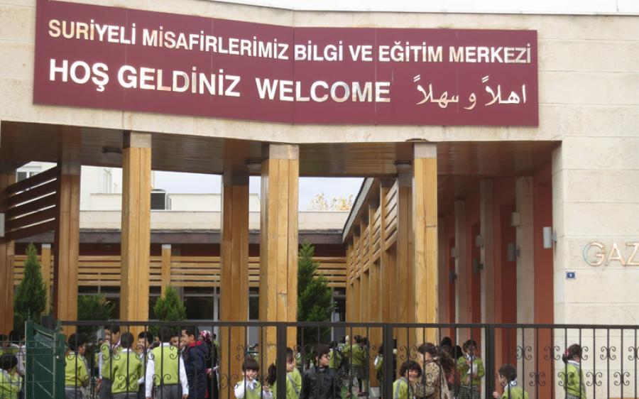 إيطاليا تكرم رئيسة بلدية غازي عنتاب لاستضافة اللاجئين السوريين