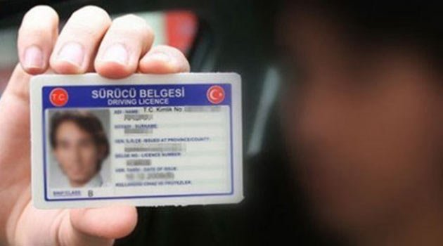 إقبال سوري للحصول على رخصة قيادة تركية، وتربية عنتاب تتخذ إجراءات لتسهيل الاختبار
