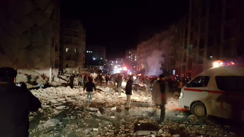 25 شهيداً وعشرات الجرحى، الحصيلة الأولية لانفجار سيارة مفخخة في إدلب
