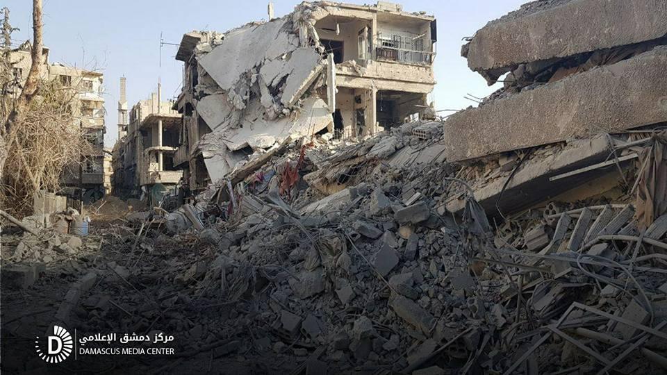القصف يحيل الغوطة إلى أنقاض:  100 غارة ومئات القذائف المدفعية خلال يوم