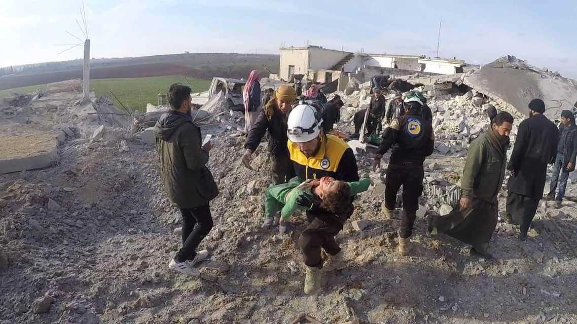 6 أطفال ضحايا مجزرة للطيران الروسي بريف إدلب الجنوبي