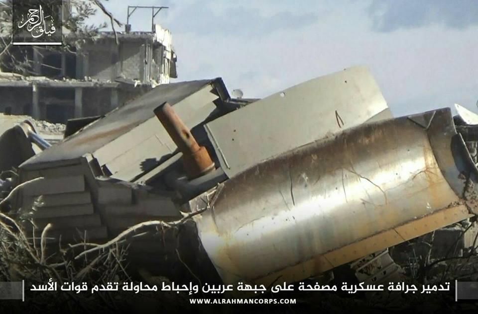 معارك عنيفة في إدارة المركبات، والنظام يحاول التقدم من جهة عربين