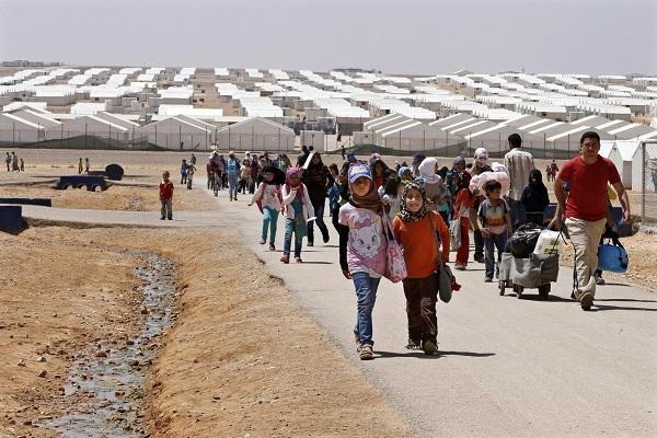منظمات دولية تحذر من إجبار اللاجئين السوريين على العودة إلى بلادهم