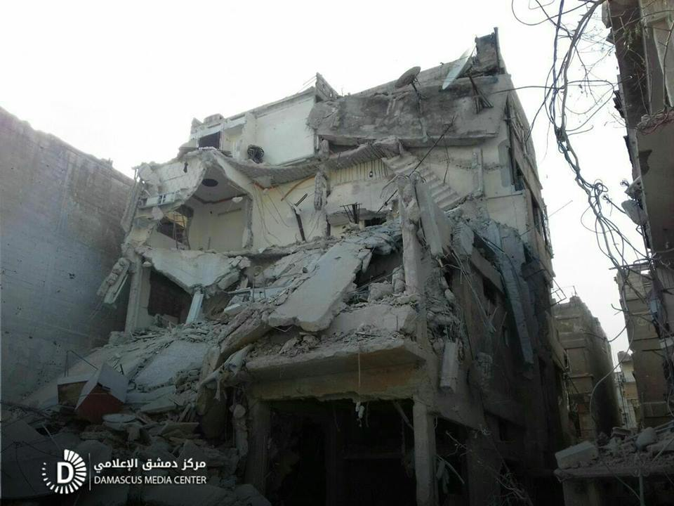 نشرة أخبار سوريا- ضحايا مدنيون جراء قصف متجدد على الغوطة، والجيش الحر يصل إدلب بمناطق سيطرته غربي عفرين -(11-2-2018)