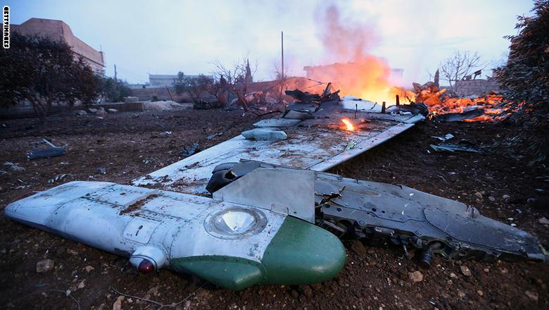 روسيا تفجر مفاجأة حول تسليم جثة الطيار الروسي.. من الذي سلمها للروس؟