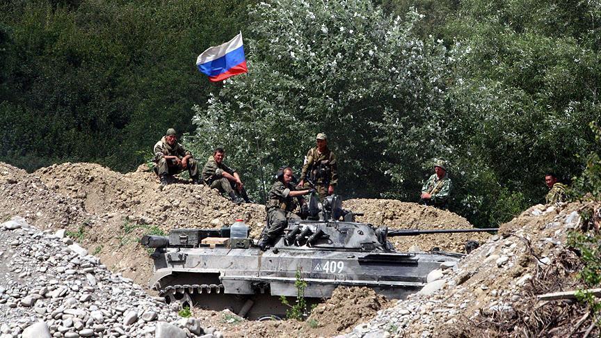 التحالف الدولي: دمرنا دبابة روسية في دير الزور