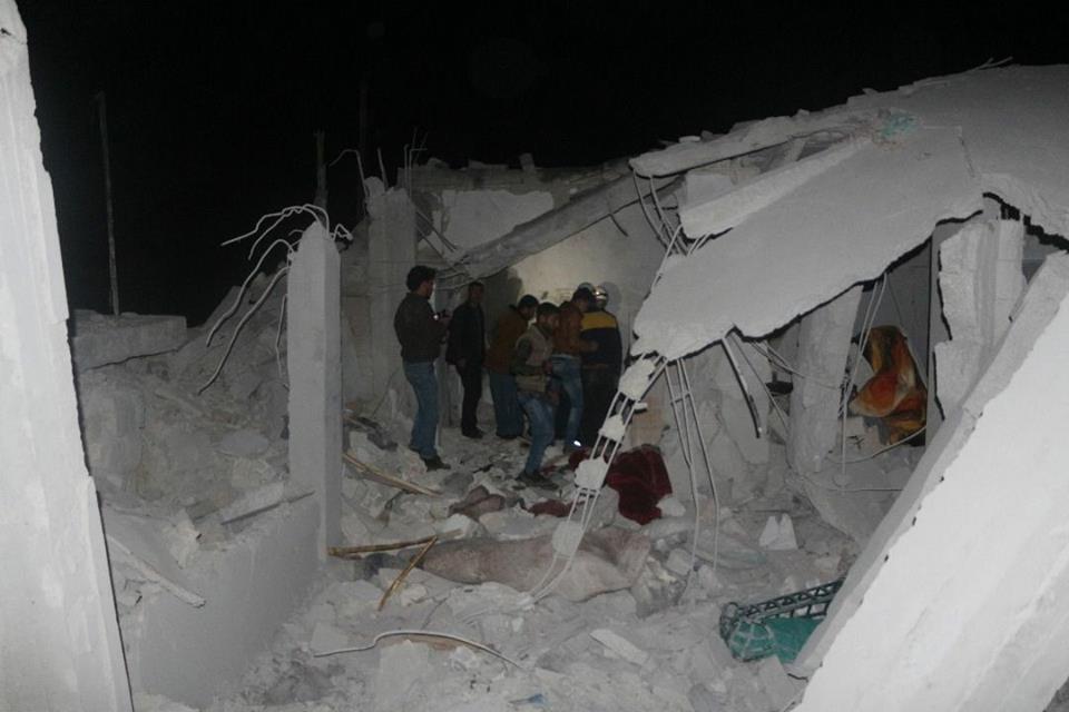 أربعة شهداء جراء غارات روسية فراغية جنوبي إدلب